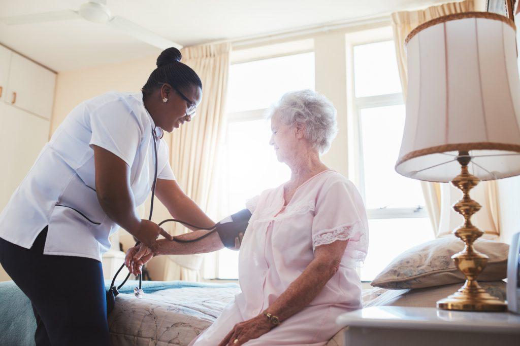 emploi en résidence pour personnes âgées